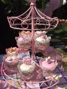 baby shower cupcake